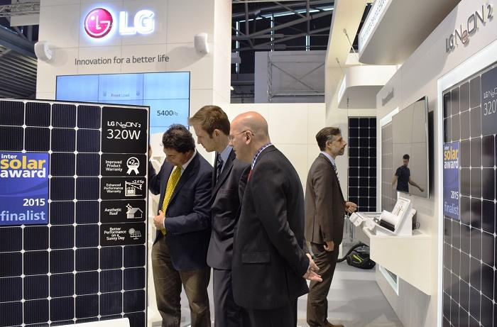 پنل های خورشیدی  LG NeON 2