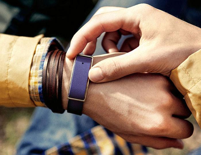 معرفی رسمی دستبند هوشمند huawei honor band a1
