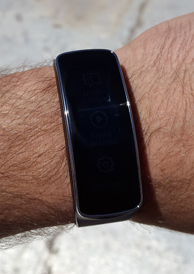 samsung_gear_fit_review_08.jpg